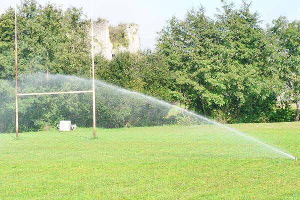 Arrosage automatique de terrains de sport hydro systemes for Mesure terrain de tennis